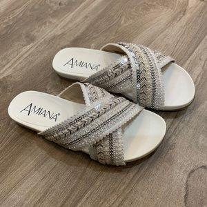 Amiana girls dressy slides  Size 3. Gorgeous!!!